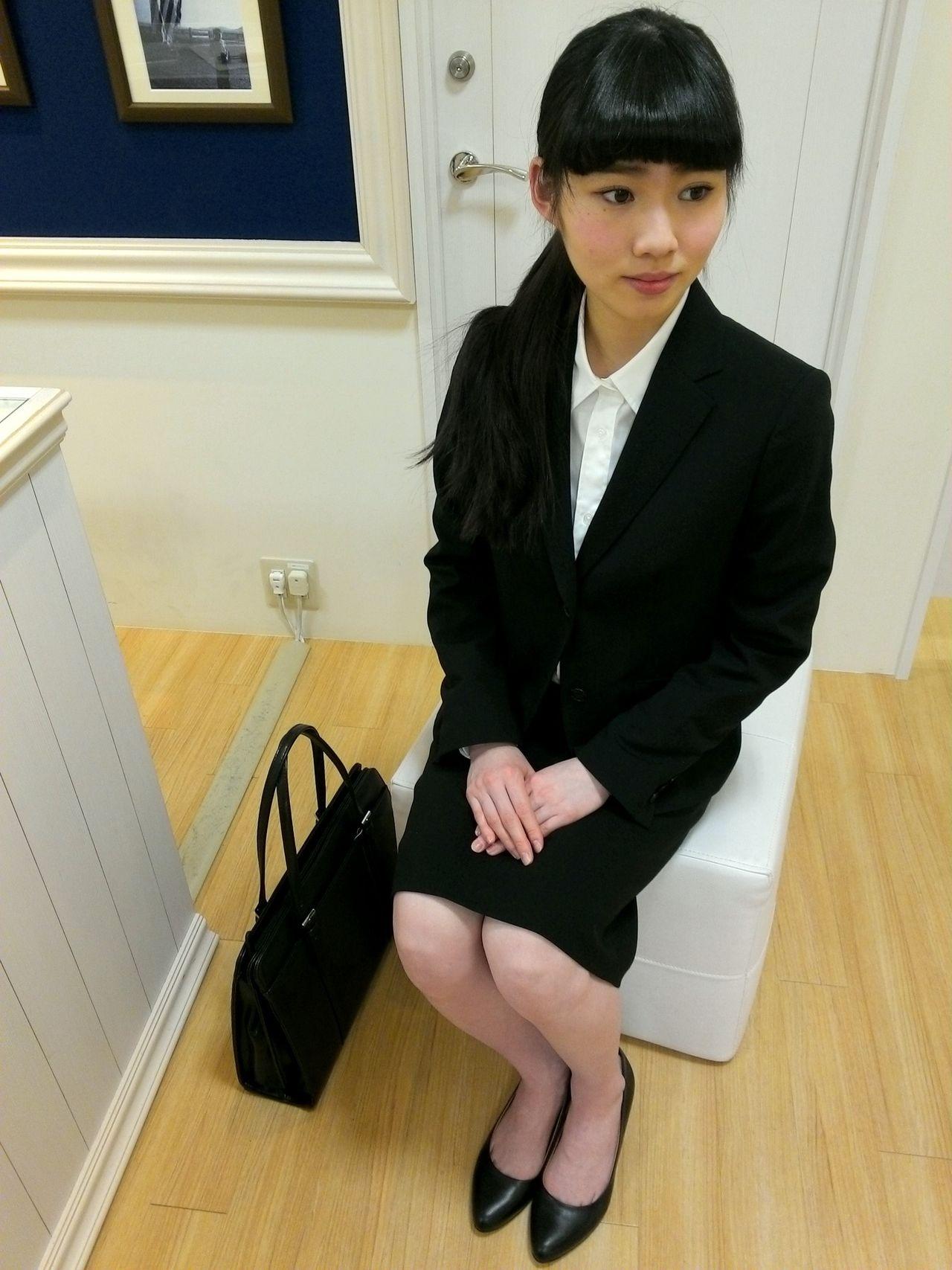 リクルートスーツの画像 p1_37